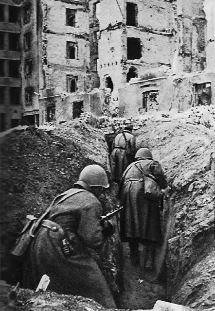 Уличные бои в сталинграде осень 1942 г